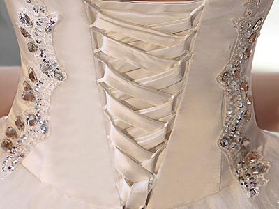 Химчистка свадебного платья омск цены